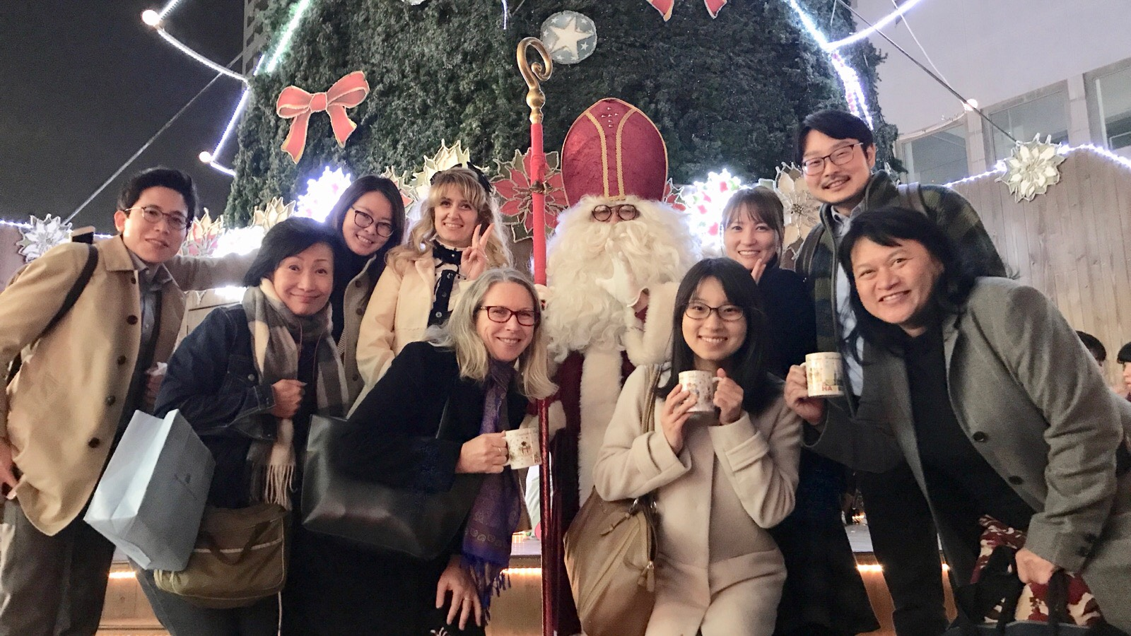Getting into the holiday spirit with JET alumni and friends at the Umeda German Christmas